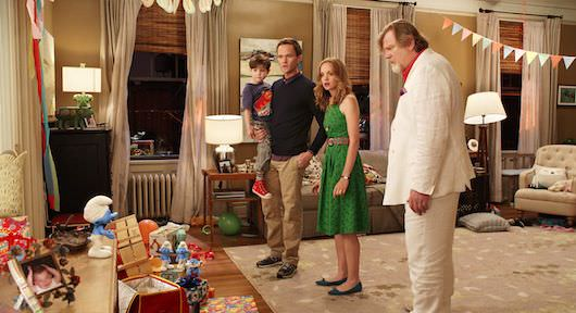 Blue Winslow (Jacob Tremblay) with his parents Patrick (Neil Patrick Harris) and Grace (Jayma Mays) and grandfather Victor (Brendan Gleeson) and the Smurfs in Columbia Pictures and Sony Pictures Animation's SMURFS 2.
