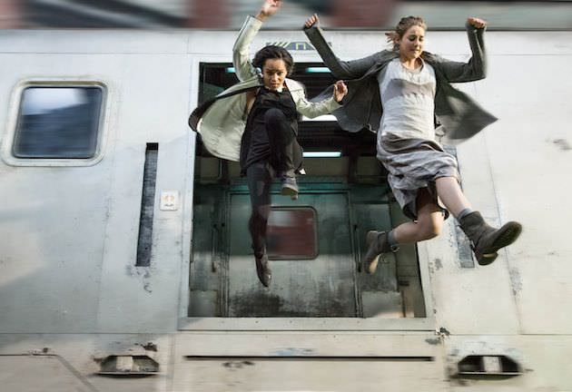 Zoë Kravitz and Shailene Woodley. Courtesy Summit Entertainment