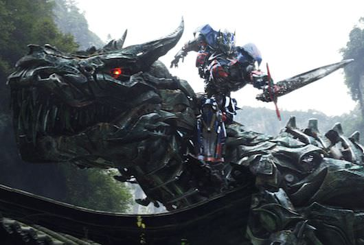 Left-to-right-Grimlock-and-Optimus-Prime-in-TRANSFORMERS-AGE-OF-EXTINCTION-from-Paramount-Pictures.jpg