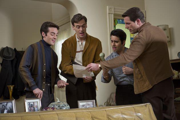 The Four Season rehearse. Courtesy Warner Bros. Pictures.