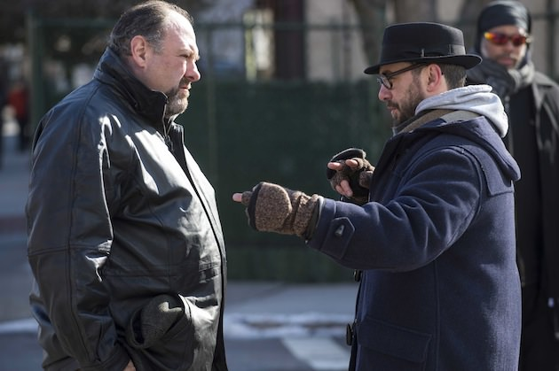 James Gandolfini on the set of 'The Drop' with the director Michaël Roskam.