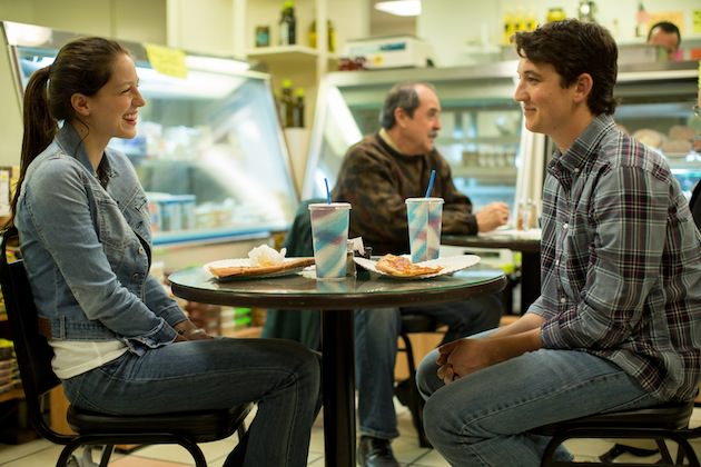 Nicole (Melissa Benoist) and Andrew (Miles Teller) listen to a classic big band standard from the 1930s, actually written and composed by Justin Hurwitz. Courtesy Sony Pictures Classic.