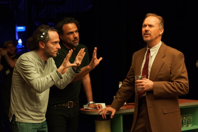 From L to R: Cinematographer Emmanuel Lubezki, Director Alejandro González Iñárritu, and Michael Keaton on the set of BIRDMAN. Photo by Alison Rosa. Copyright © 2014 Twentieth Century Fox.