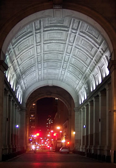 Municipal Building Arch in Manhattan. Photo by Inger Al Haosului