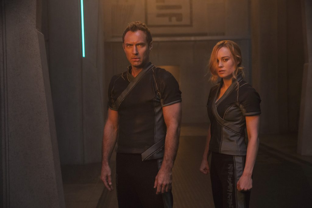 L to R: Leader of Starforce (Jude Law) and Carol Danvers/Captain Marvel (Brie Larson). Photo: Chuck Zlotnick .©Marvel Studios 2019