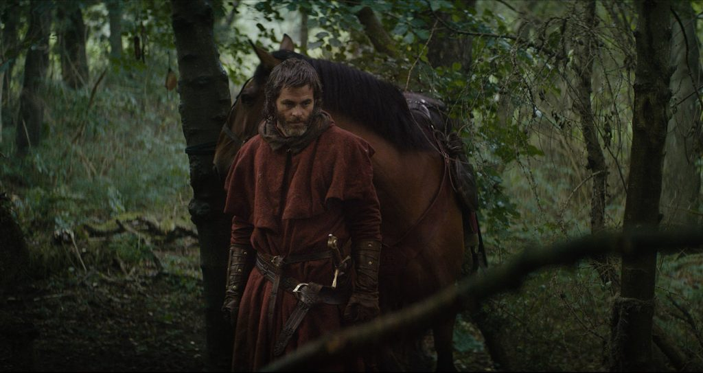 Chris Pine is Robert the Bruce in 'Outlaw king.' Courtesy Netflix.