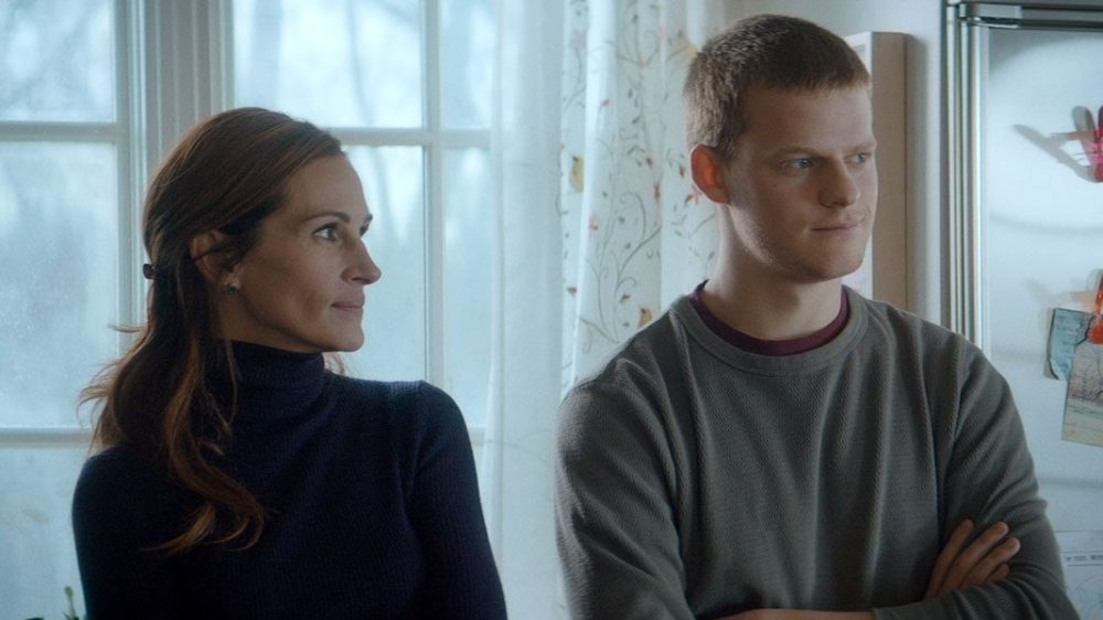Julia Roberts and Lucas Hedges in 'Ben is Back.' Courtesy Roadside Attractions.