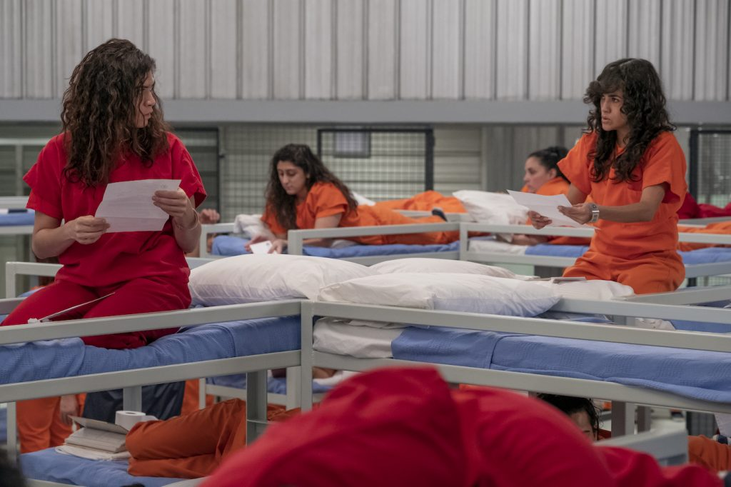 The triple bunks in ORANGE IS THE NEW BLACK. Courtesy Netflix.