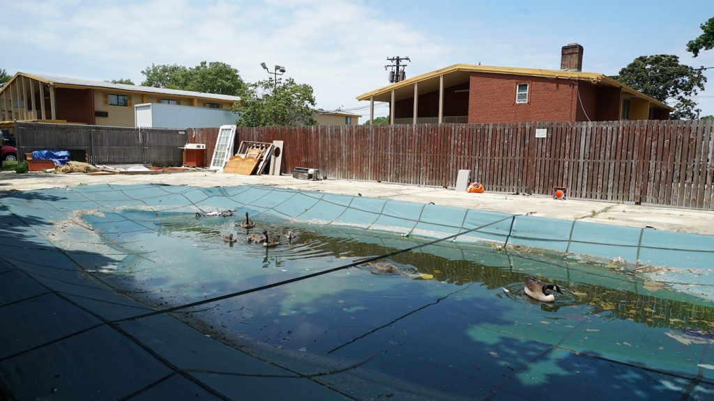 The Howard Johnson's Pool before. Courtesy Bob Shaw.