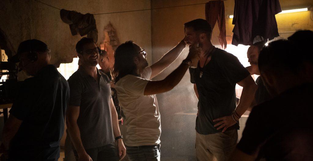 Matteo Silvi working on Chris Hemsworth