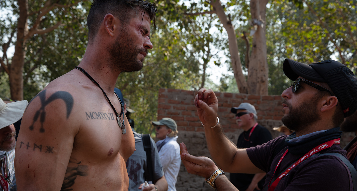 Makeup Artist Matteo Silvi Tries To Rough Up Chris Hemsworth In Extraction The Credits