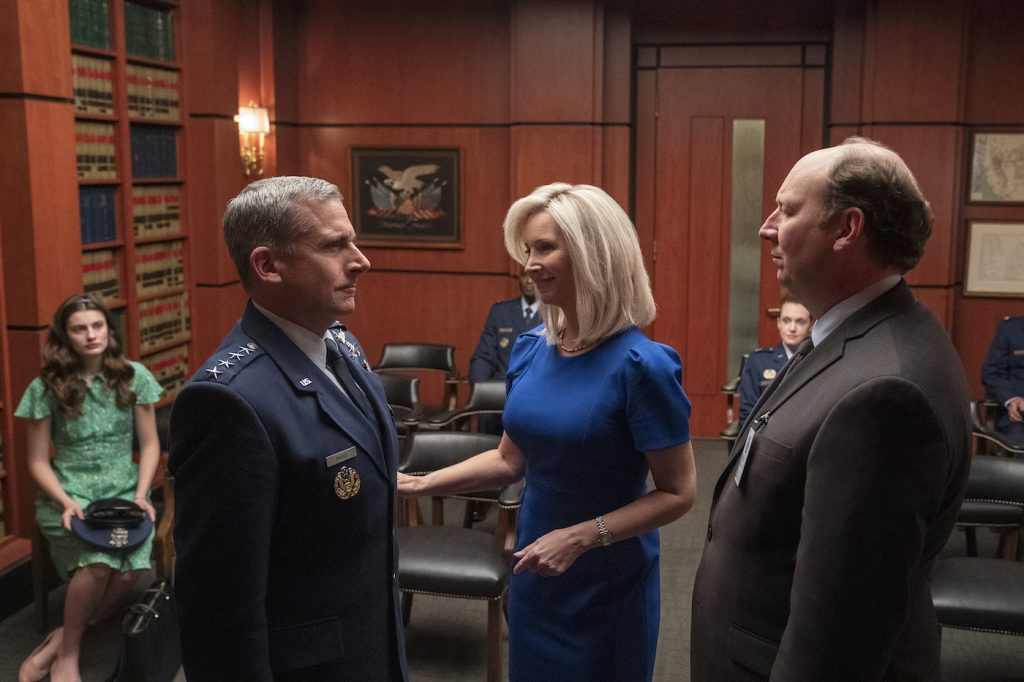 L-r: Steve Carell, Lisa Kudrow, and Dan Bakkedahl in SPACE FORCE. Photo by Aaron Epstein/Netflix