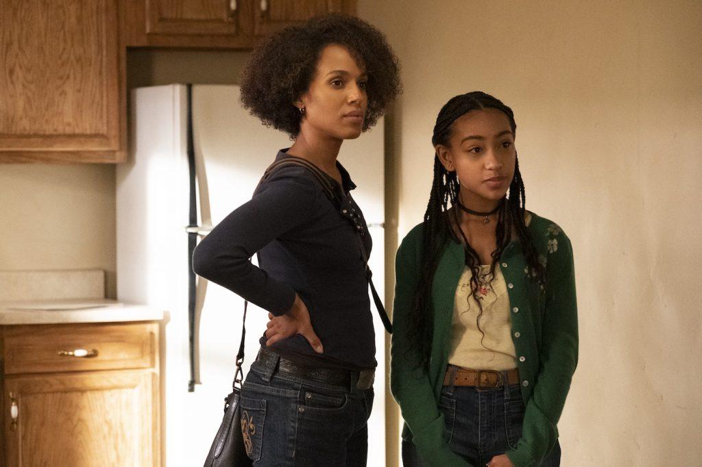 Mia (Kerry Washington) and Pearl (Lexi Underwood), shown. (Photo by: Erin Simkin/Hulu)