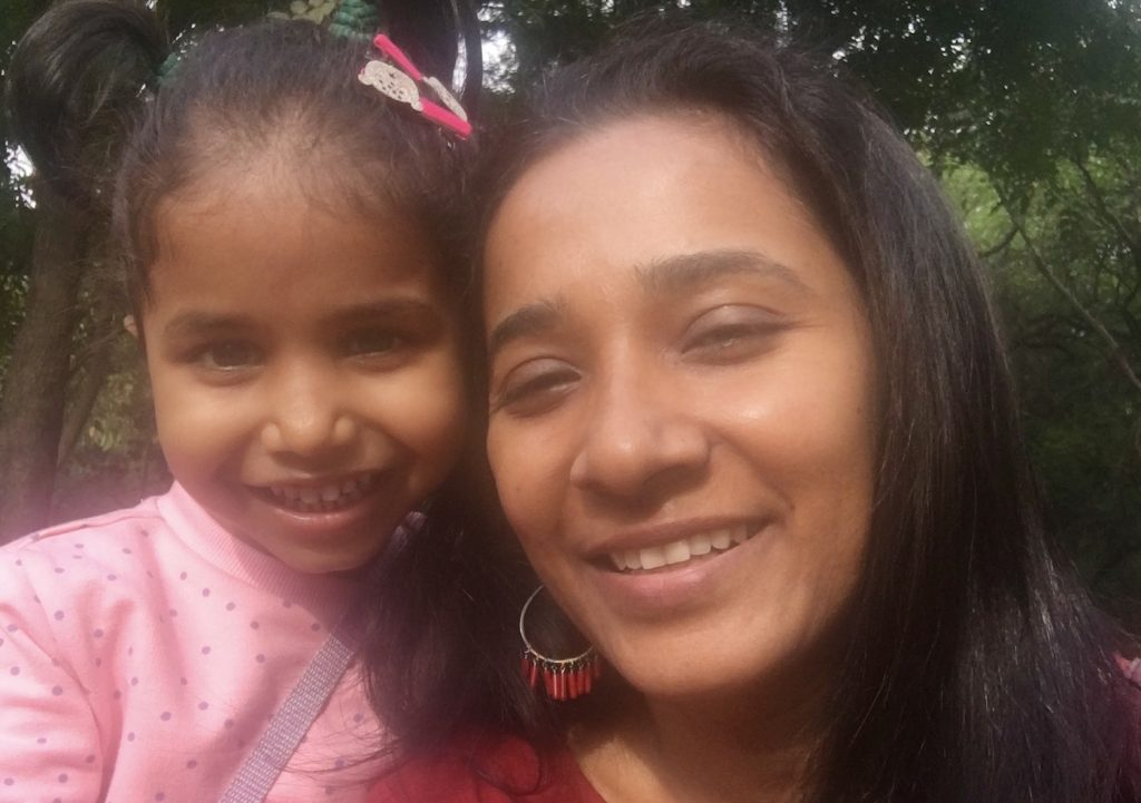 Tannishtha Chatterjee and her daughter