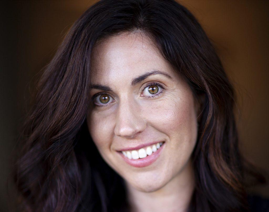 Sonia Lowman Headshot