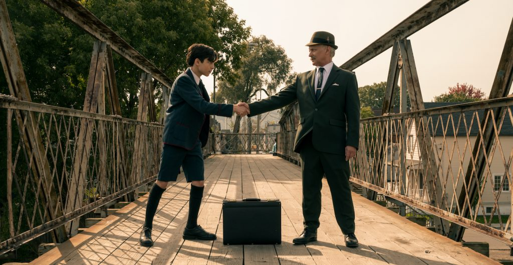 THE UMBRELLA ACADEMY (L to R) AIDAN GALLAGHER as NUMBER FIVE and SEAN SULLIVAN as OLD MAN FIVE in episode 209 of THE UMBRELLA ACADEMY Cr. CHRISTOS KALOHORIDIS/NETFLIX © 2020