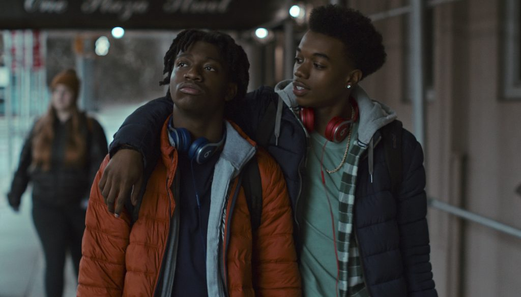 GRAND ARMY (L to R) JADEN JORDAN as OWEN WILLIAMS and MALIQ JOHNSON as JAYSON JACKSON in episode 101 of GRAND ARMY. Cr. COURTESY OF NETFLIX © 2020