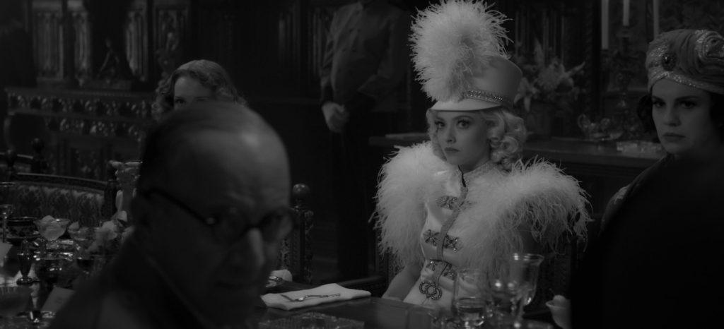 MANK (2020) Amanda Seyfried as Marion Davies. NETFLIX