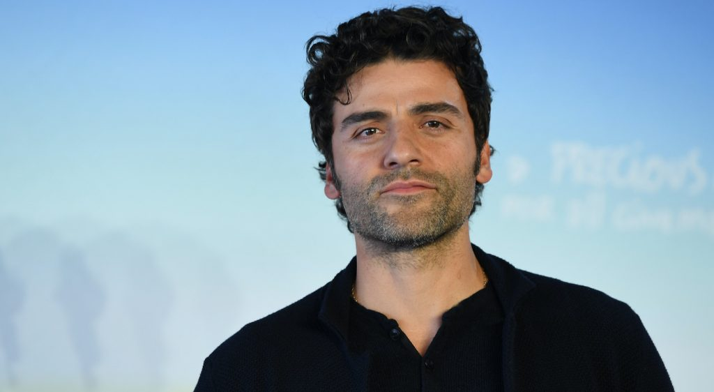 DEAUVILLE, FRANCE - SEPTEMBER 08: Oscar Isaac attends a photocall for