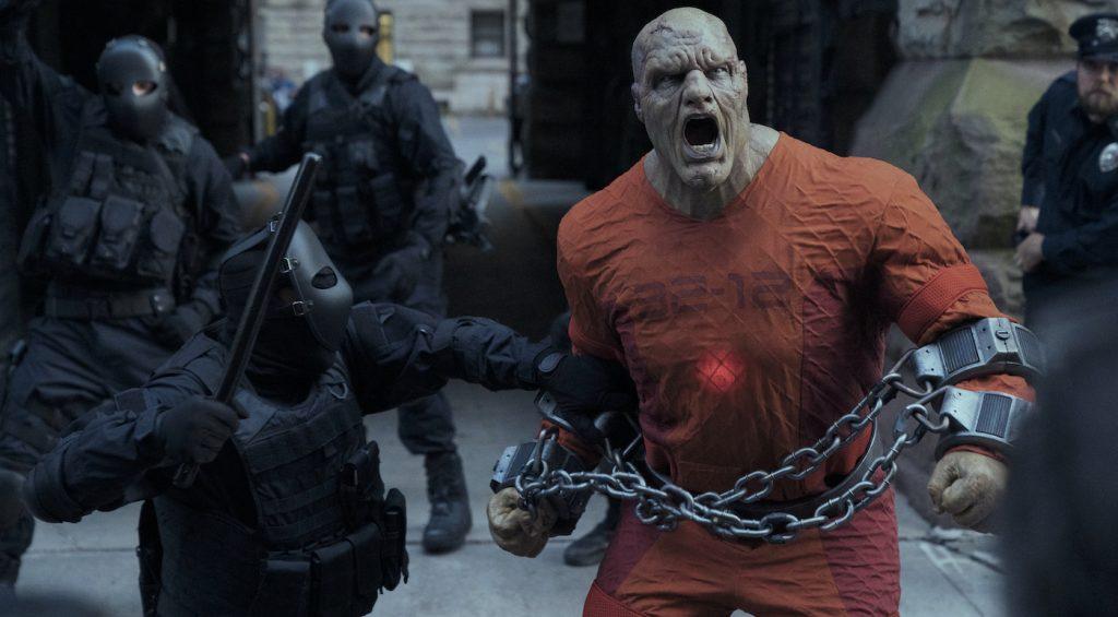 JUPITER'S LEGACY (L-R) TYLER MANE as BLACKSTAR in episode 1 of JUPITER'S LEGACY. Cr. STEVE WILKIE/NETFLIX © 2020