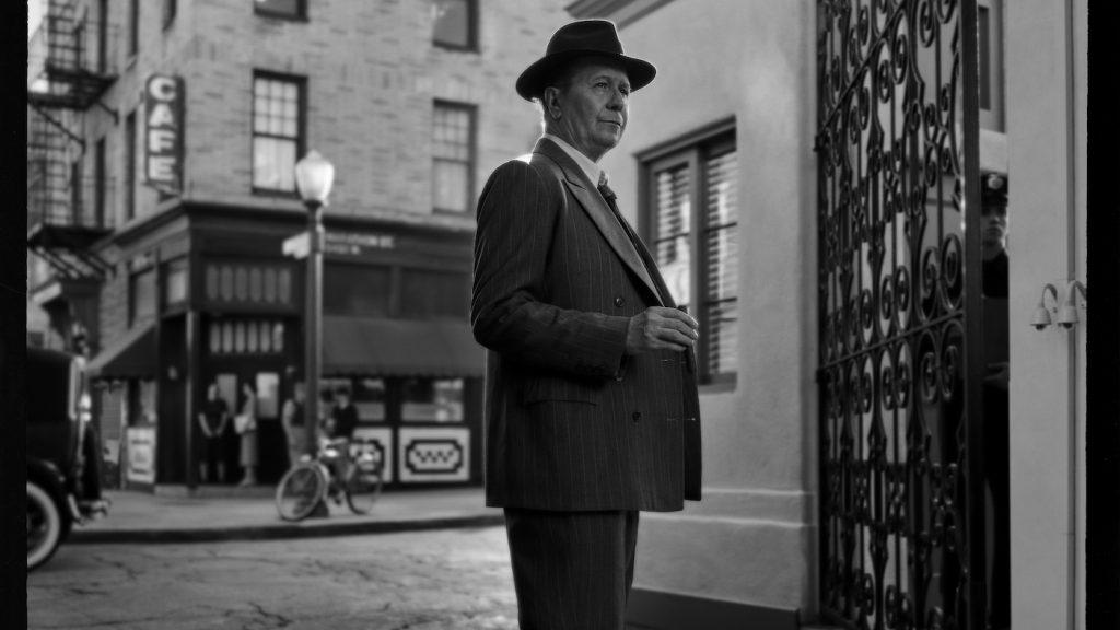 MANK (2020)Gary Oldman.Cr: Miles Crist/NETFLIX