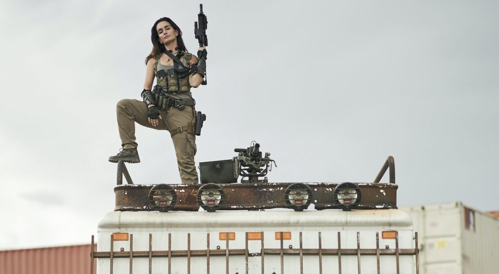 ARMY OF THE DEAD (Pictured) ANA DE LA REGUERA as CRUZ in ARMY OF THE DEAD. Cr. CLAY ENOS/NETFLIX © 2021