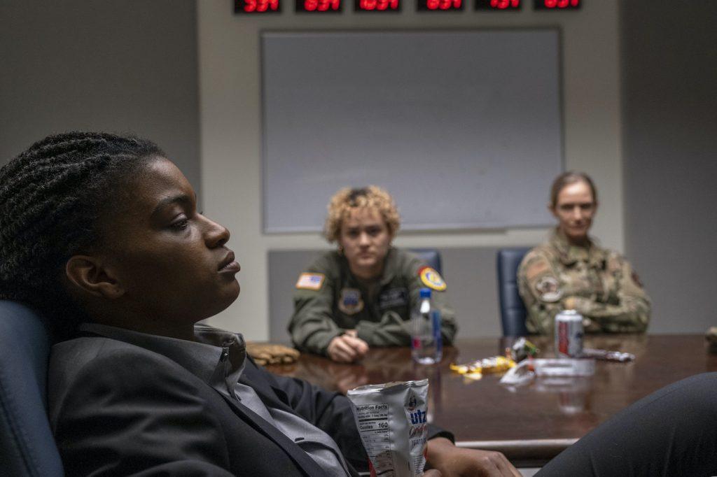 "The Last Man -- ""Neil"" -- Season 1, Episode 3 (Airs September 13) -- Pictured: Ashley Romans as Agent 355. CR: Rafy Winterfeld/FX"